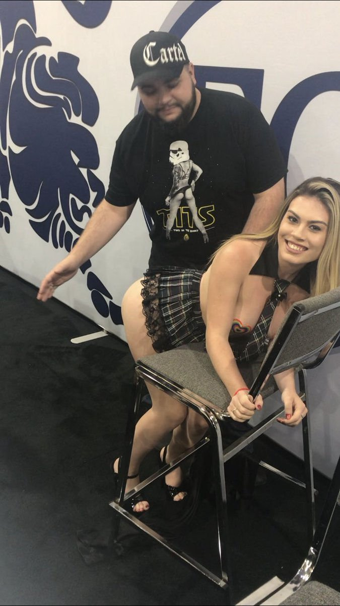Veronica Valentine Sexy & Topless (10 Photos)