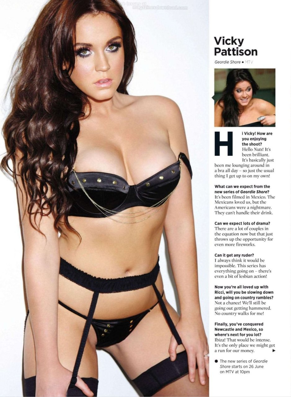 Vicky Pattison Nude & Sexy Photos - Scandal Planet