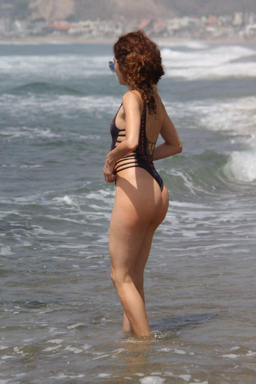 Blanca Blanco Nip Slip (35 Photos)