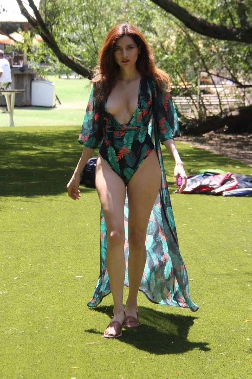 TheFappening Peri Baumeister nude photos 2019