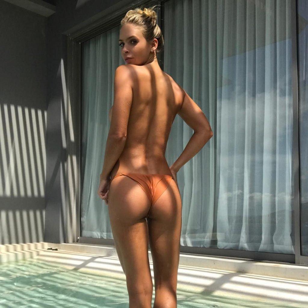 Casey batchelor hot nude public selfie