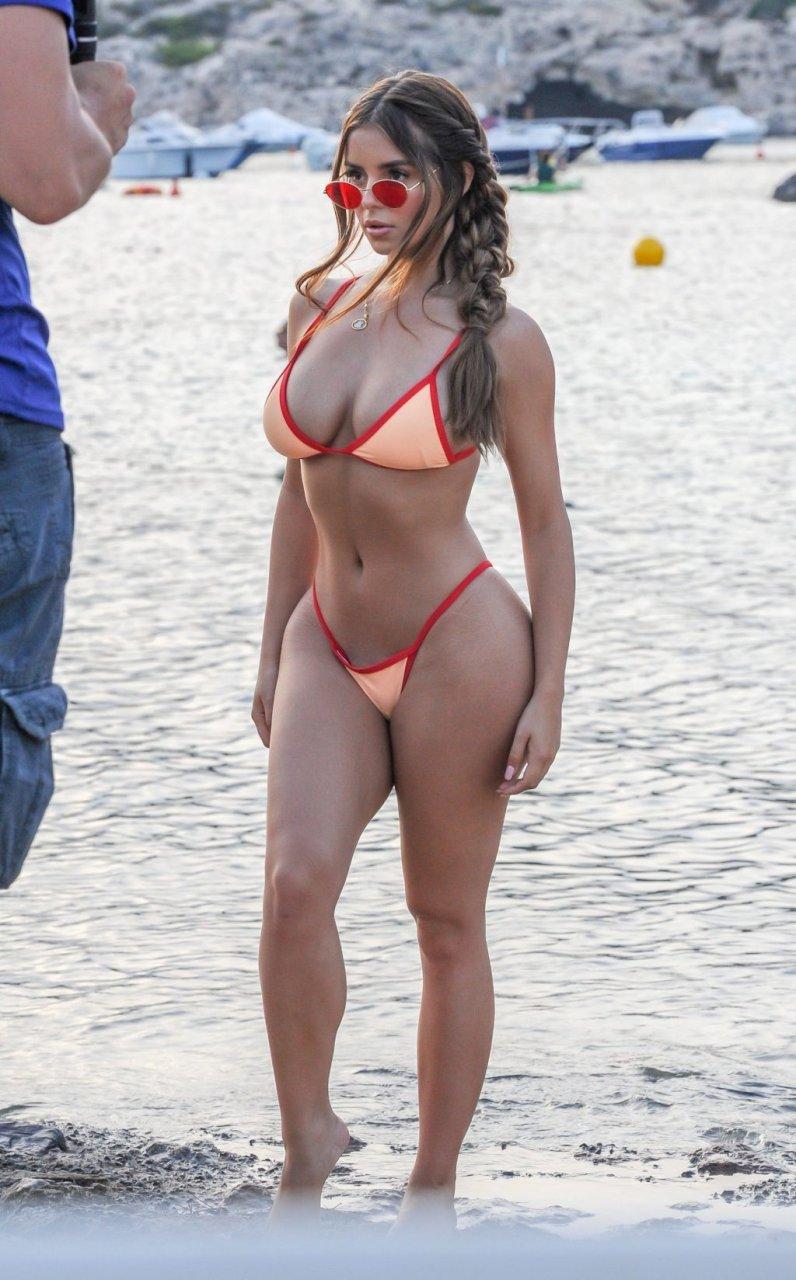 Demi Rose Sexy (43 Photos)