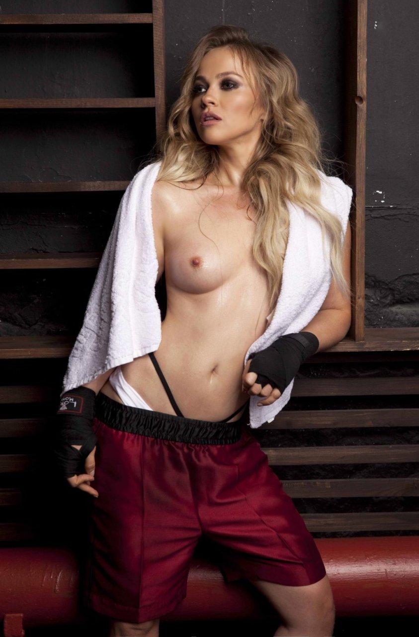 Ellen Alexander Sexy & Topless (30 New Photos)