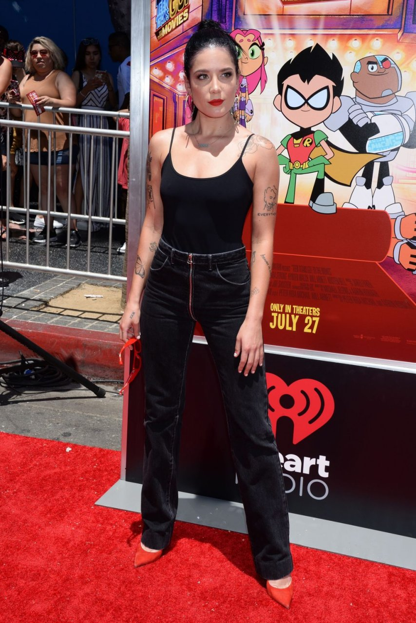 Halsey braless 7 Photos - 2019 year