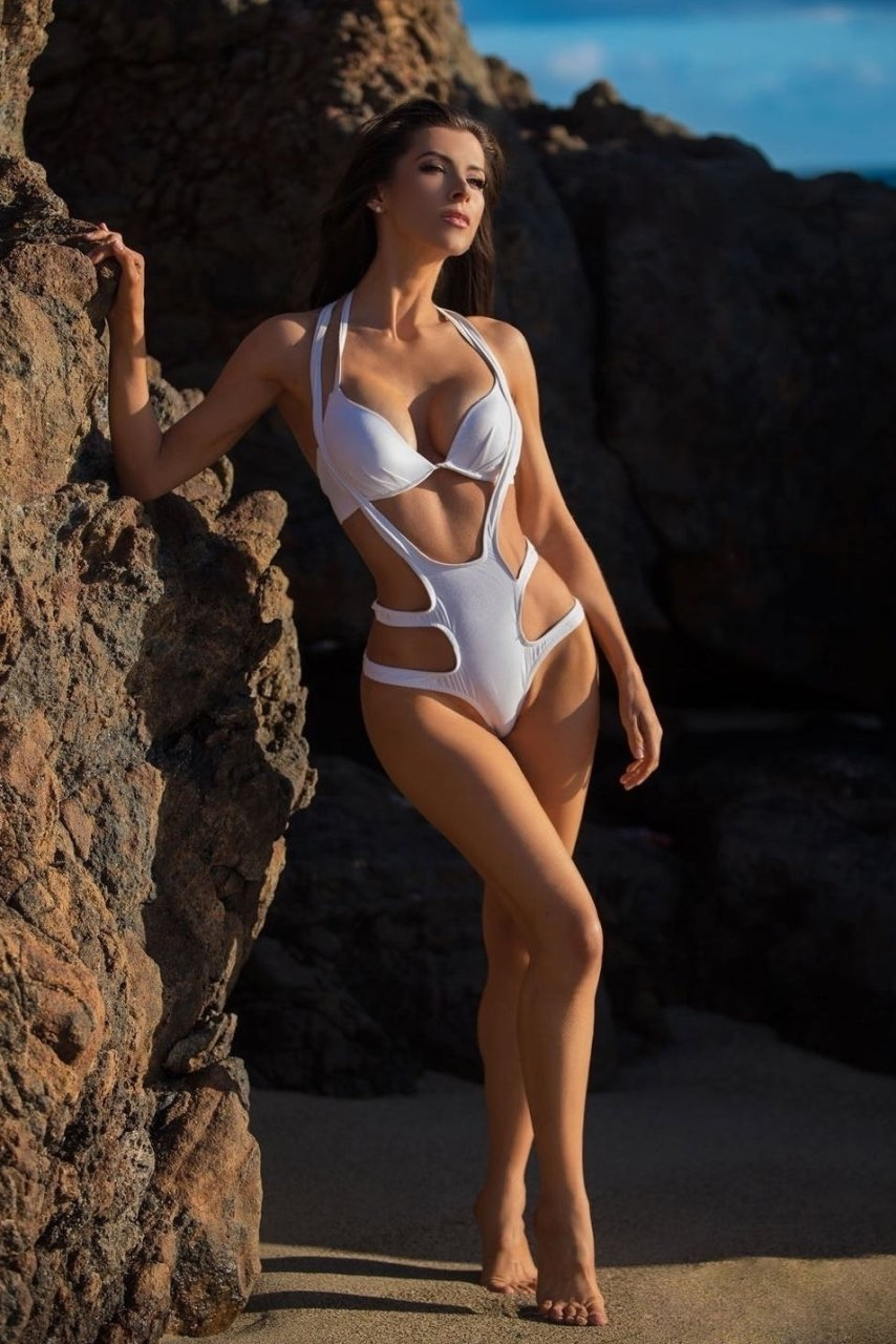 Mandy rose bikini forecast