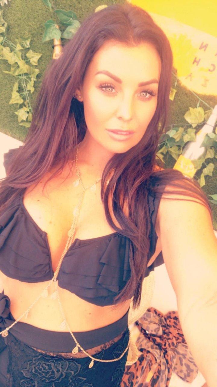 Jessica Wright Sexy (34 Photos)