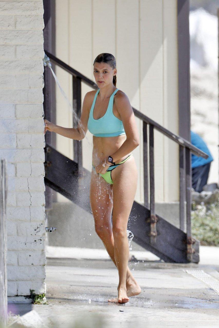 Kelly Rohrbach Sexy (75 Photos)
