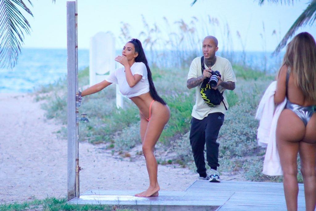 Kim Kardashian Sexy (35 New Photos)