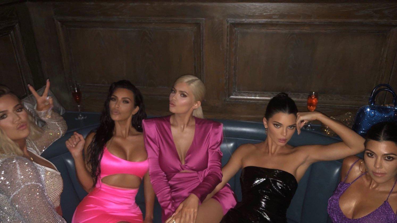 Kim-Kardashian-Sexy-TheFappeningBlog.com-3.jpg