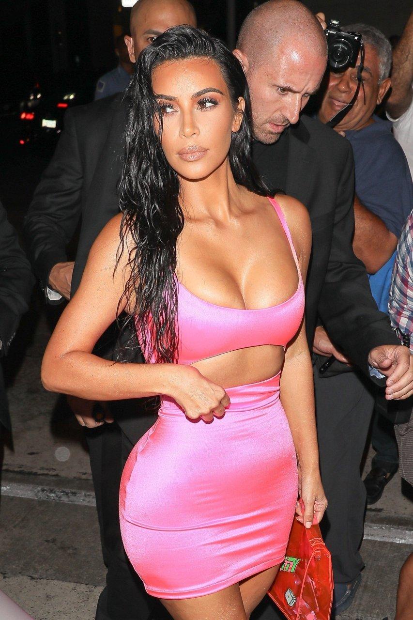 Kim-Kardashian-Sexy-TheFappeningBlog.com-42.jpg