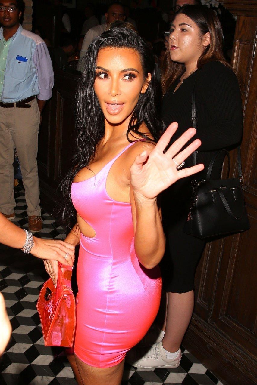Kim-Kardashian-Sexy-TheFappeningBlog.com-44.jpg