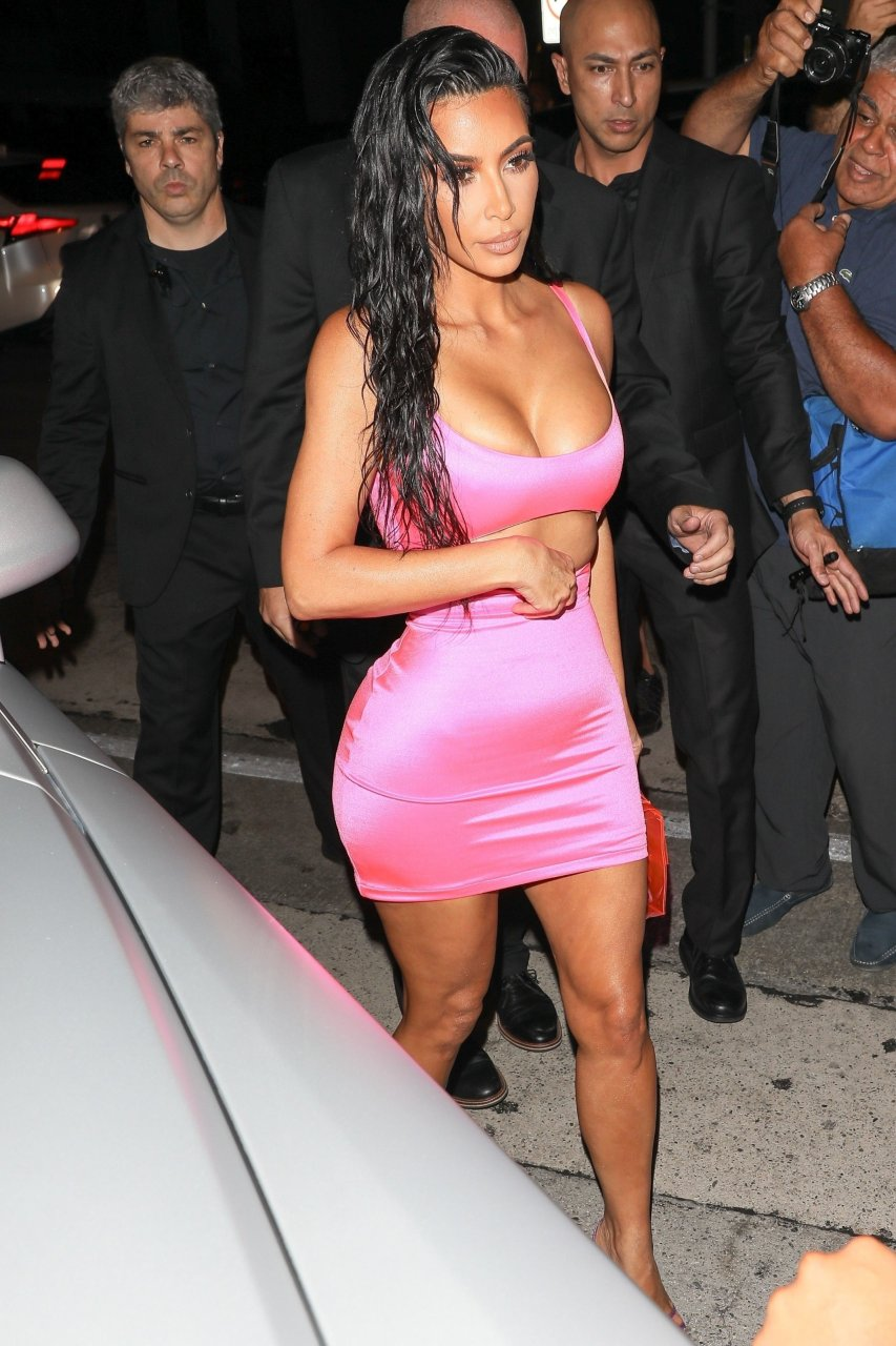 Kim-Kardashian-Sexy-TheFappeningBlog.com-49.jpg