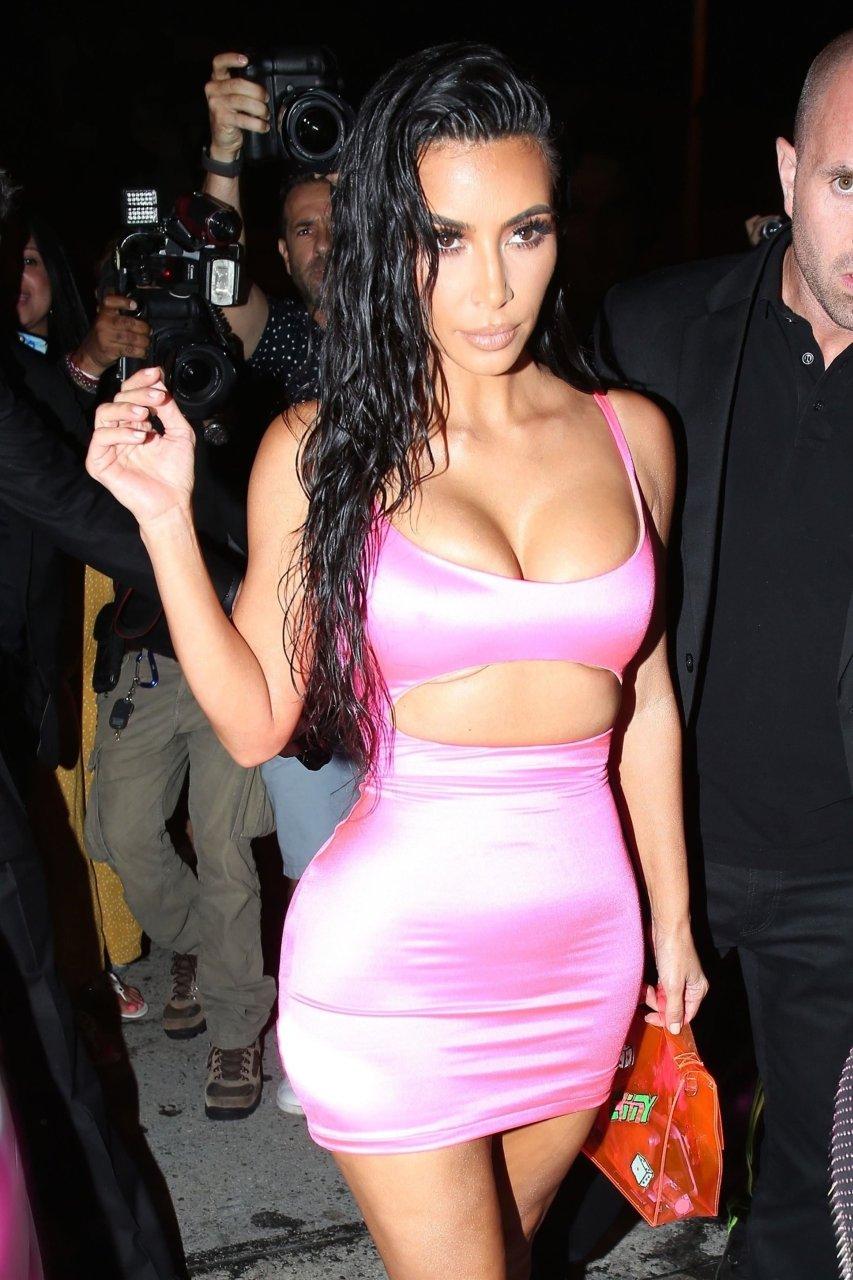 Kim-Kardashian-Sexy-TheFappeningBlog.com-59.jpg