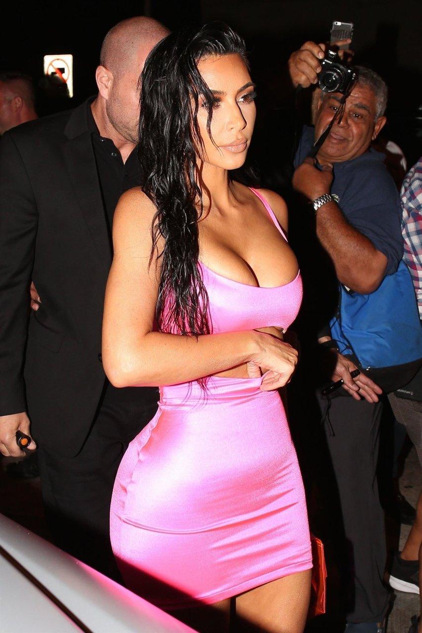Kim-Kardashian-Sexy-TheFappeningBlog.com-62.jpg