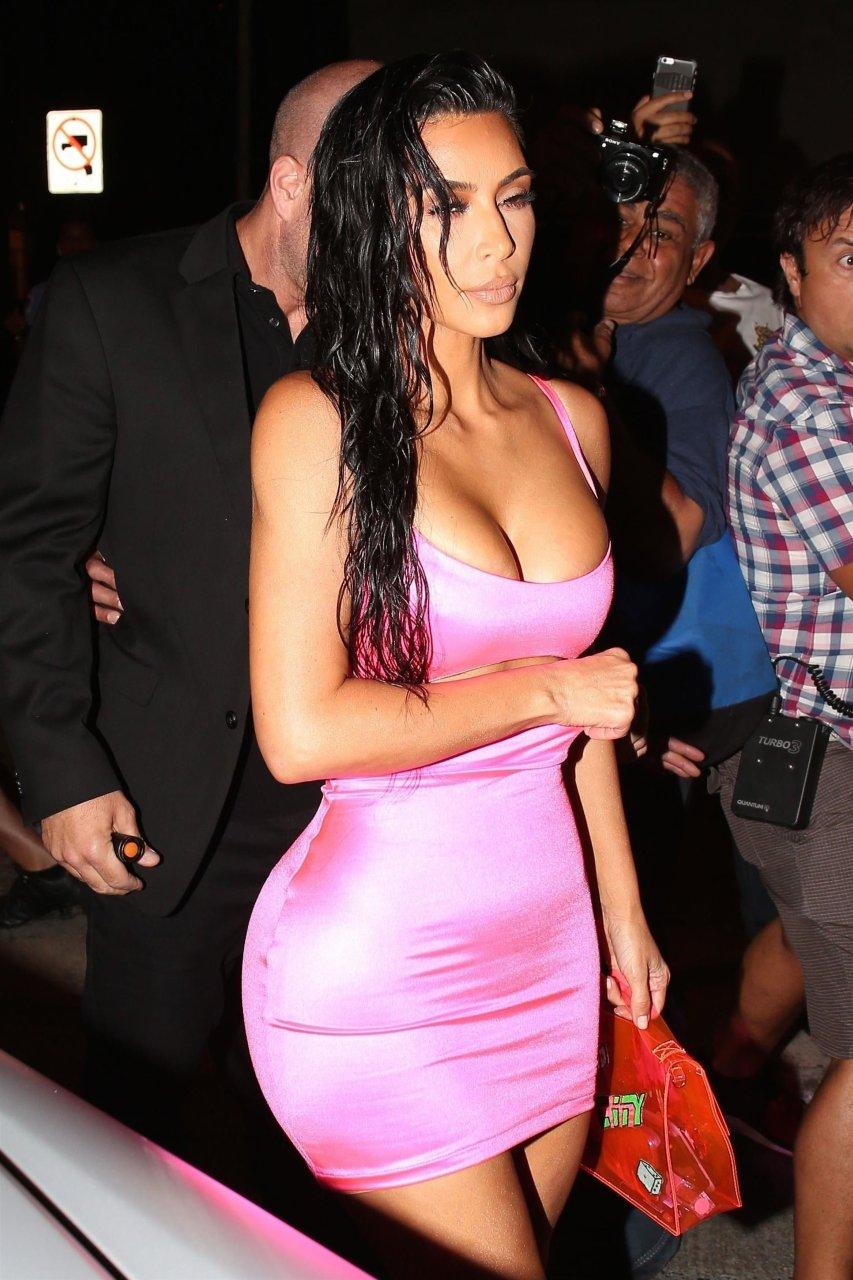 Kim-Kardashian-Sexy-TheFappeningBlog.com-63.jpg