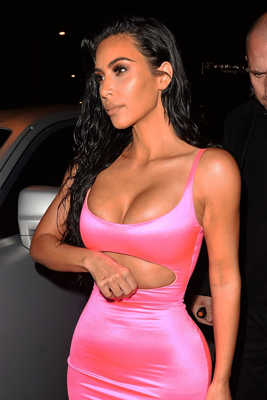 Kim-Kardashian-Sexy-TheFappeningBlog.com-71.jpg