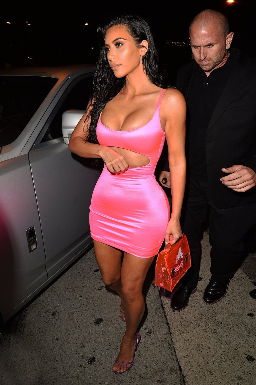 Kim-Kardashian-Sexy-TheFappeningBlog.com-72.jpg
