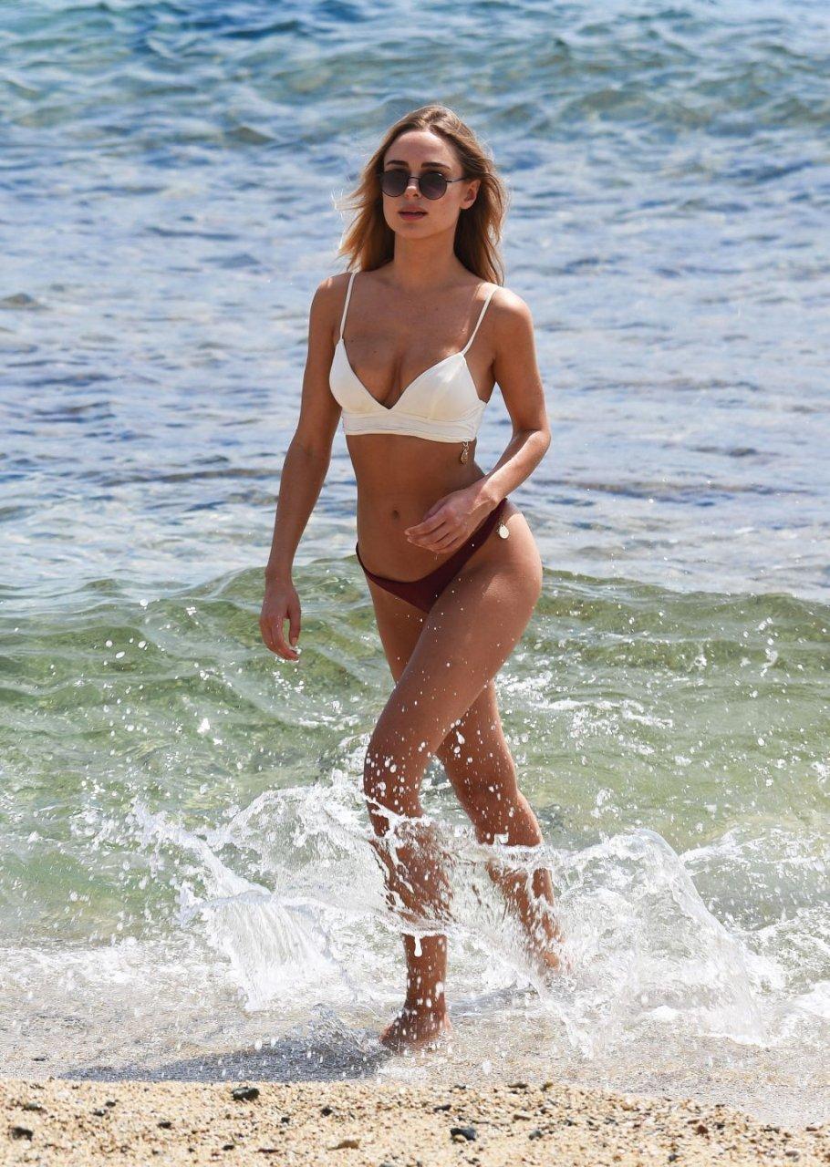 Kimberley Garner Sexy (12 Photos)