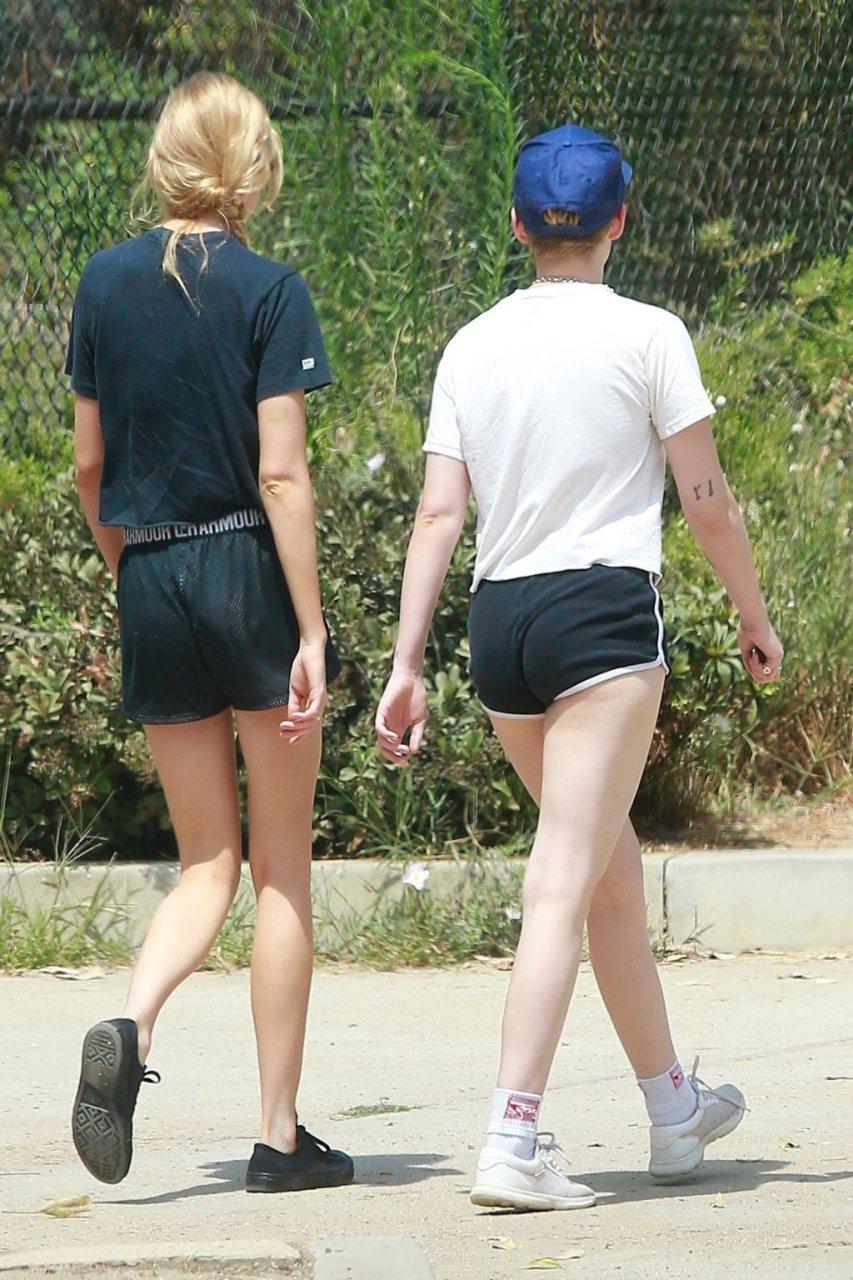 Kristen Stewart & Stella Maxwell Sexy (60 Photos)