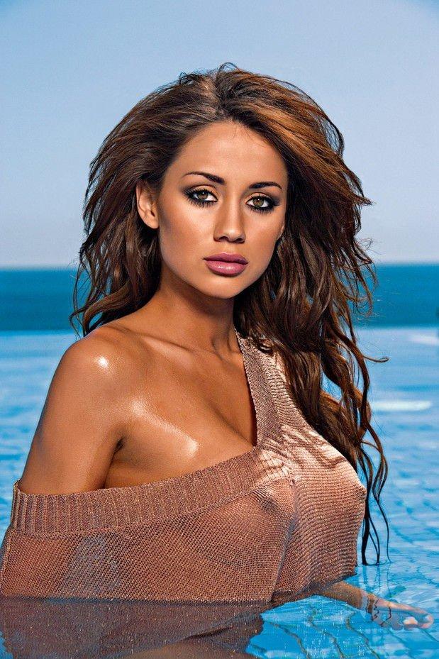 Actress lanka navel hot photos