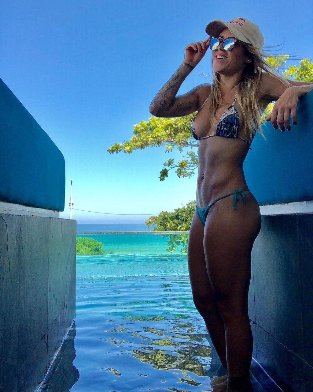 leticia bufoni nude