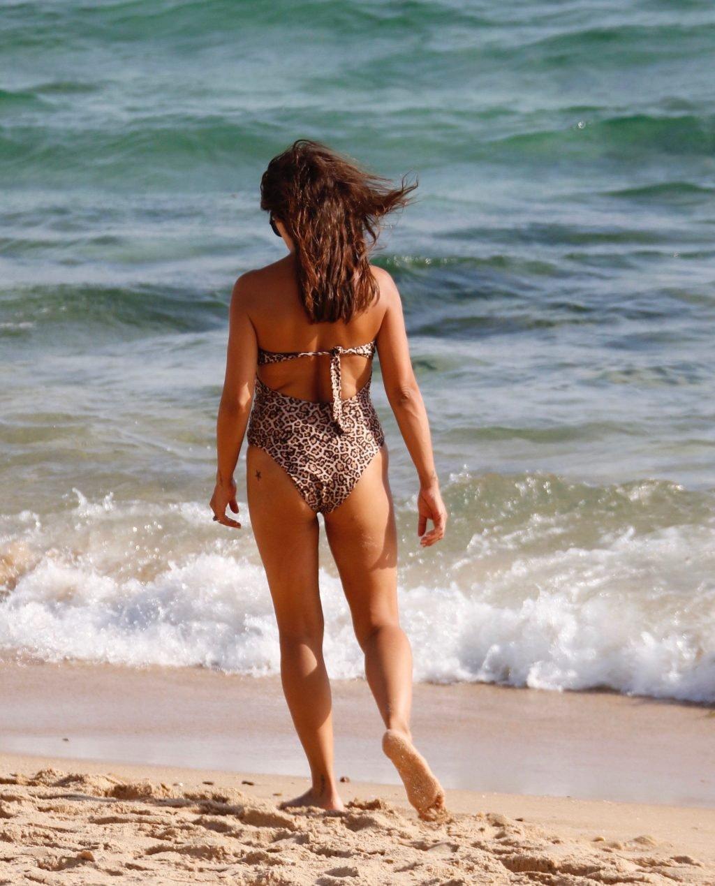 Monica Cruz Sexy (28 Photos)