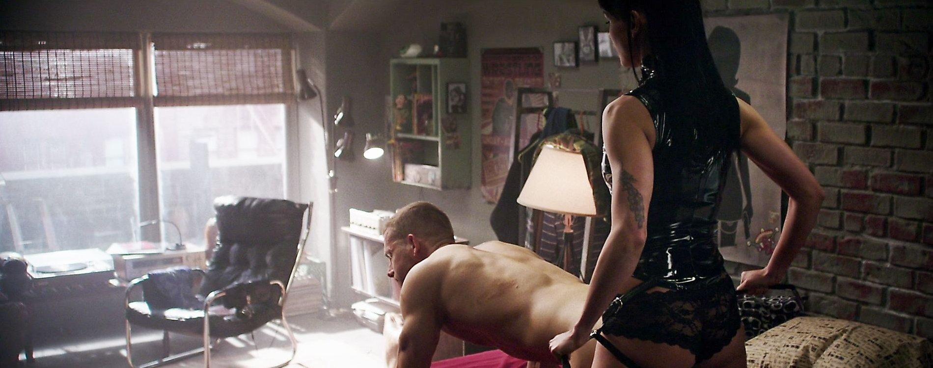 Morena baccarin deadpool sex scene