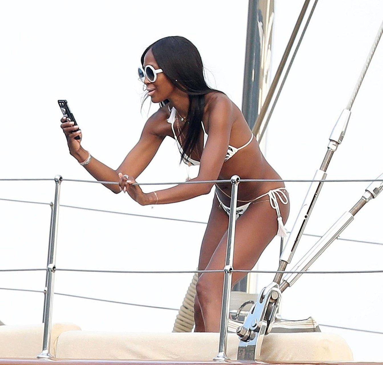 Chiara Scelsi Topless. 2018-2019 celebrityes photos leaks! naked (68 photos), Paparazzi Celebrites foto