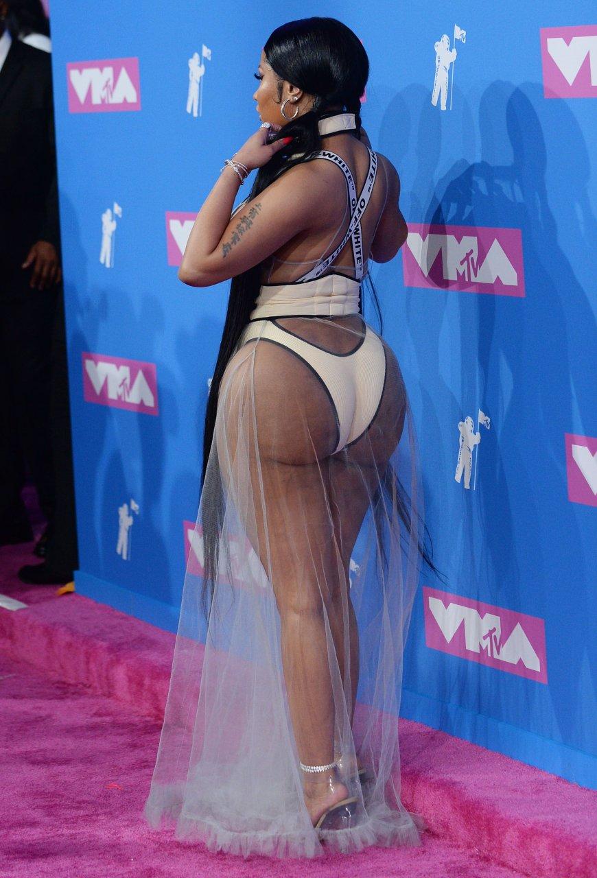 Nicki-Minaj-Sexy-TheFappeningBlog.com-4.jpg