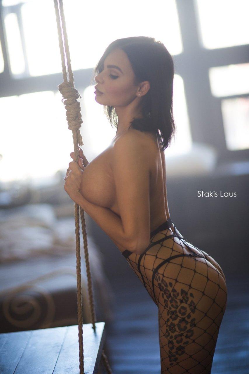 nicole nude