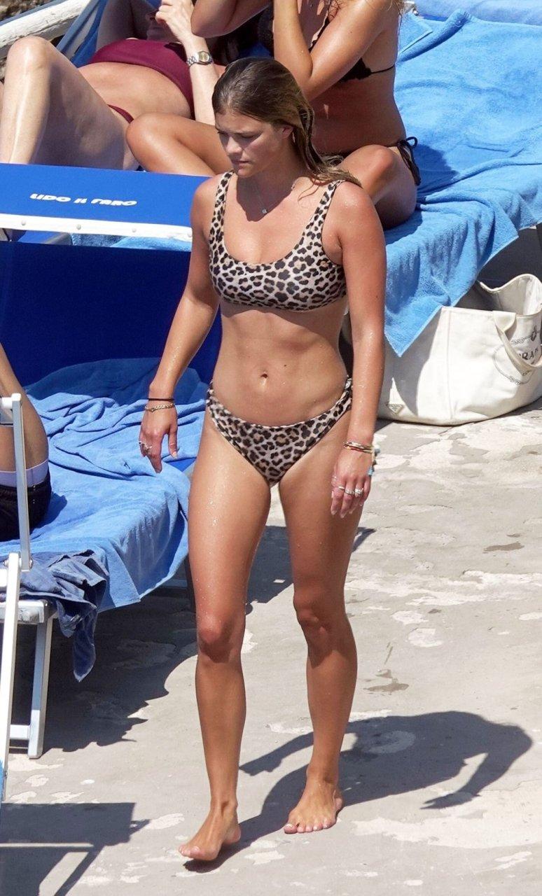 Nina Agdal Sexy (53 Photos)