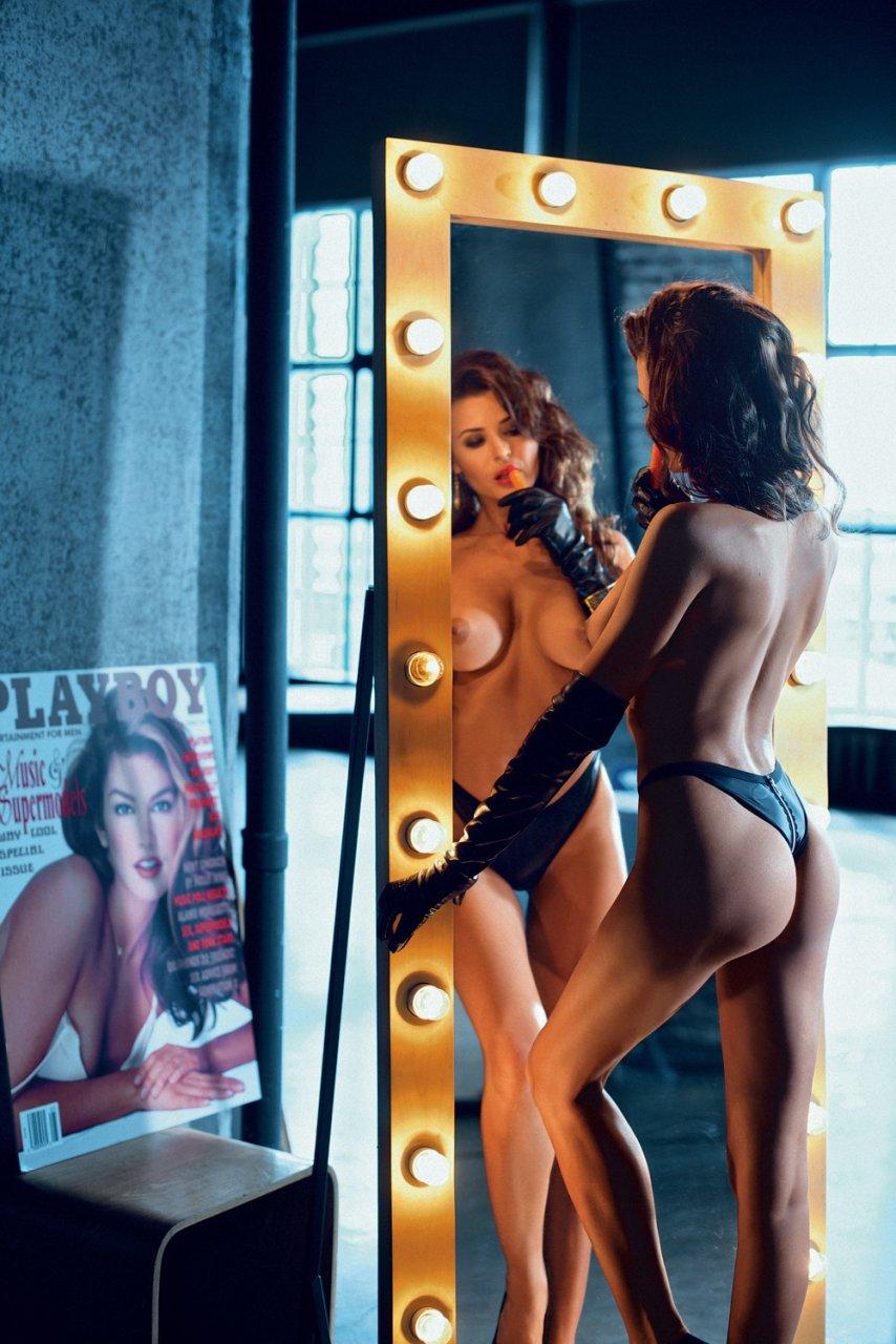 Oksana roberts naked pic 703