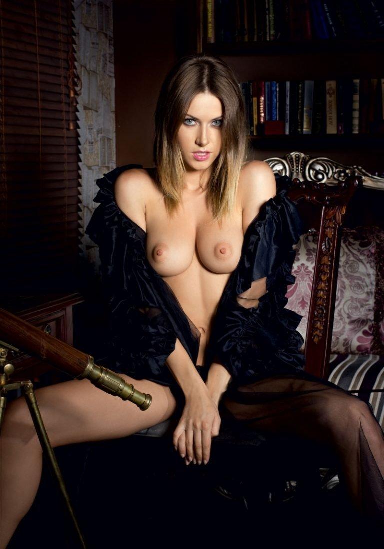 thefappeningblog.com/wp-content/uploads/2018/08/Olga-Alberti-Playboy-TheFappeningBlog.com-5-768x1098.jpg