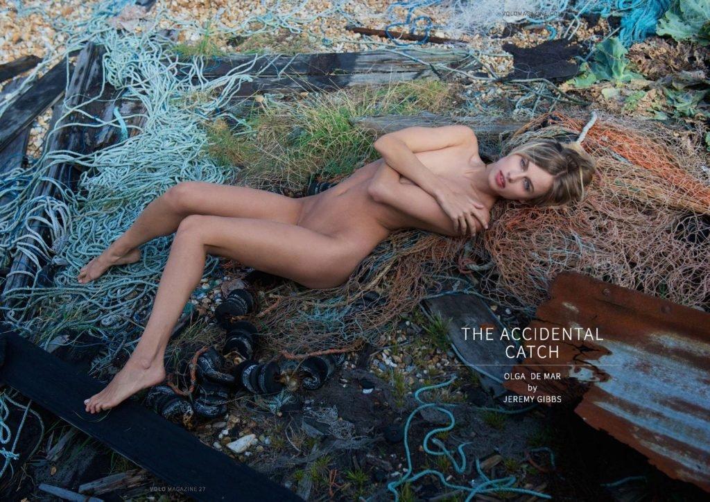 Olga de Mar Nude (17 Photos)