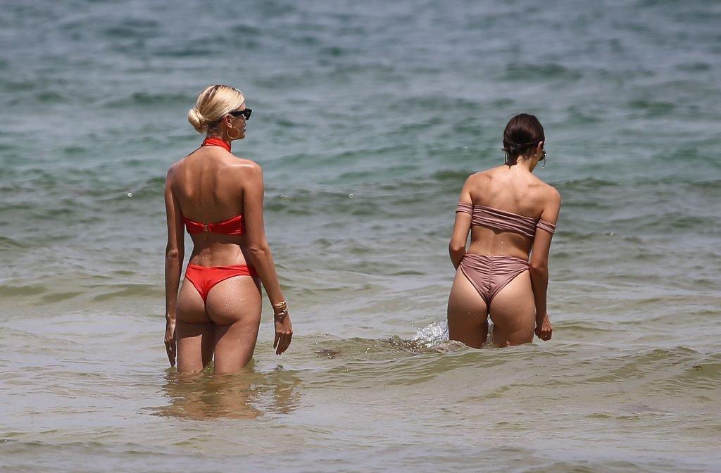 Olivia Culpo & Devon Windsor Sexy (139 Photos)