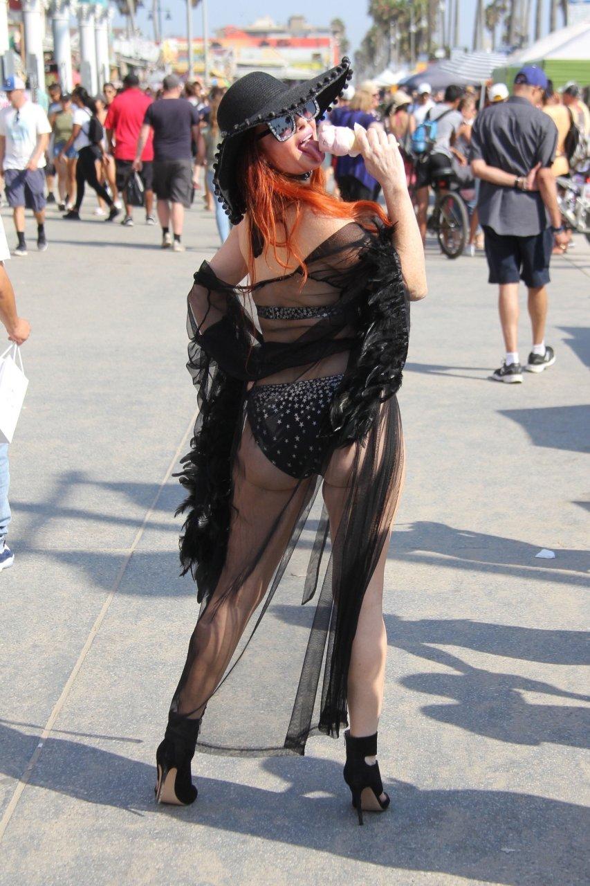 Phoebe-Price-Sexy-TheFappeningBlog.com-16-3.jpg