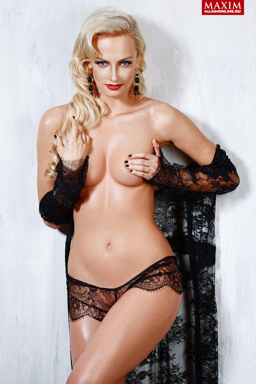 Polina-Maximova-Nude-Sexy-TheFappeningBlog.com-1.jpg