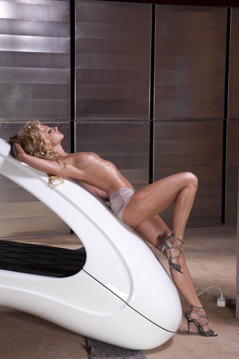 Polina-Maximova-Nude-Sexy-TheFappeningBlog.com-20.jpg