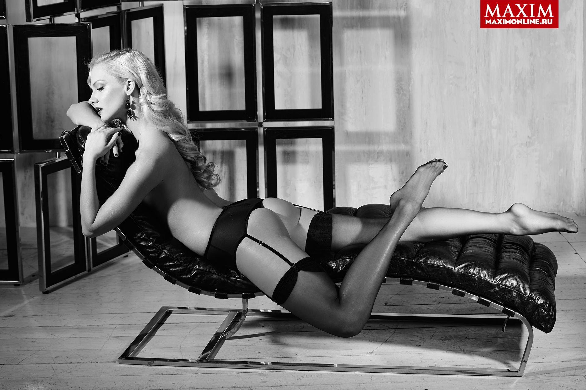 Polina-Maximova-Nude-Sexy-TheFappeningBlog.com-3.jpg