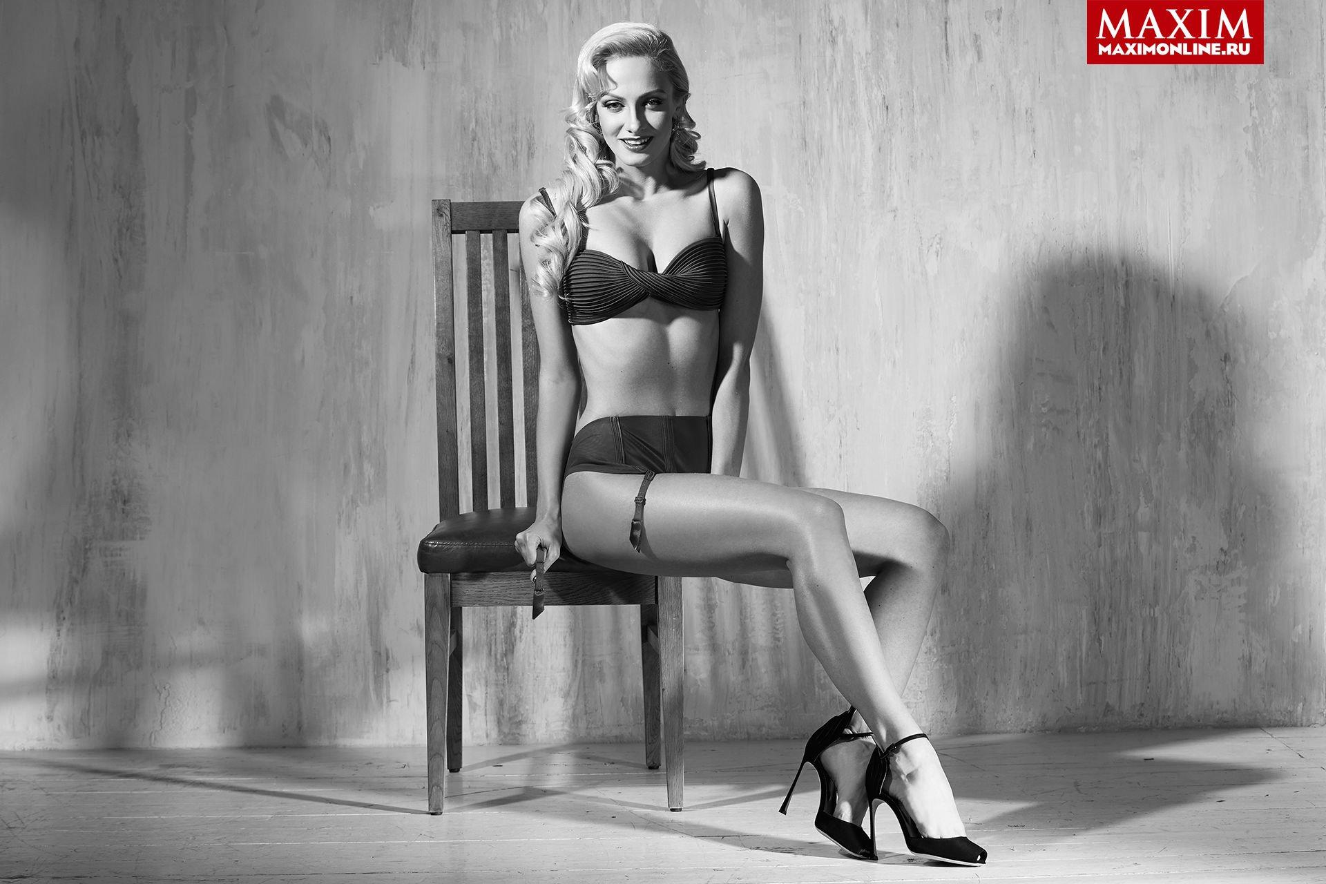 Polina-Maximova-Nude-Sexy-TheFappeningBlog.com-4.jpg