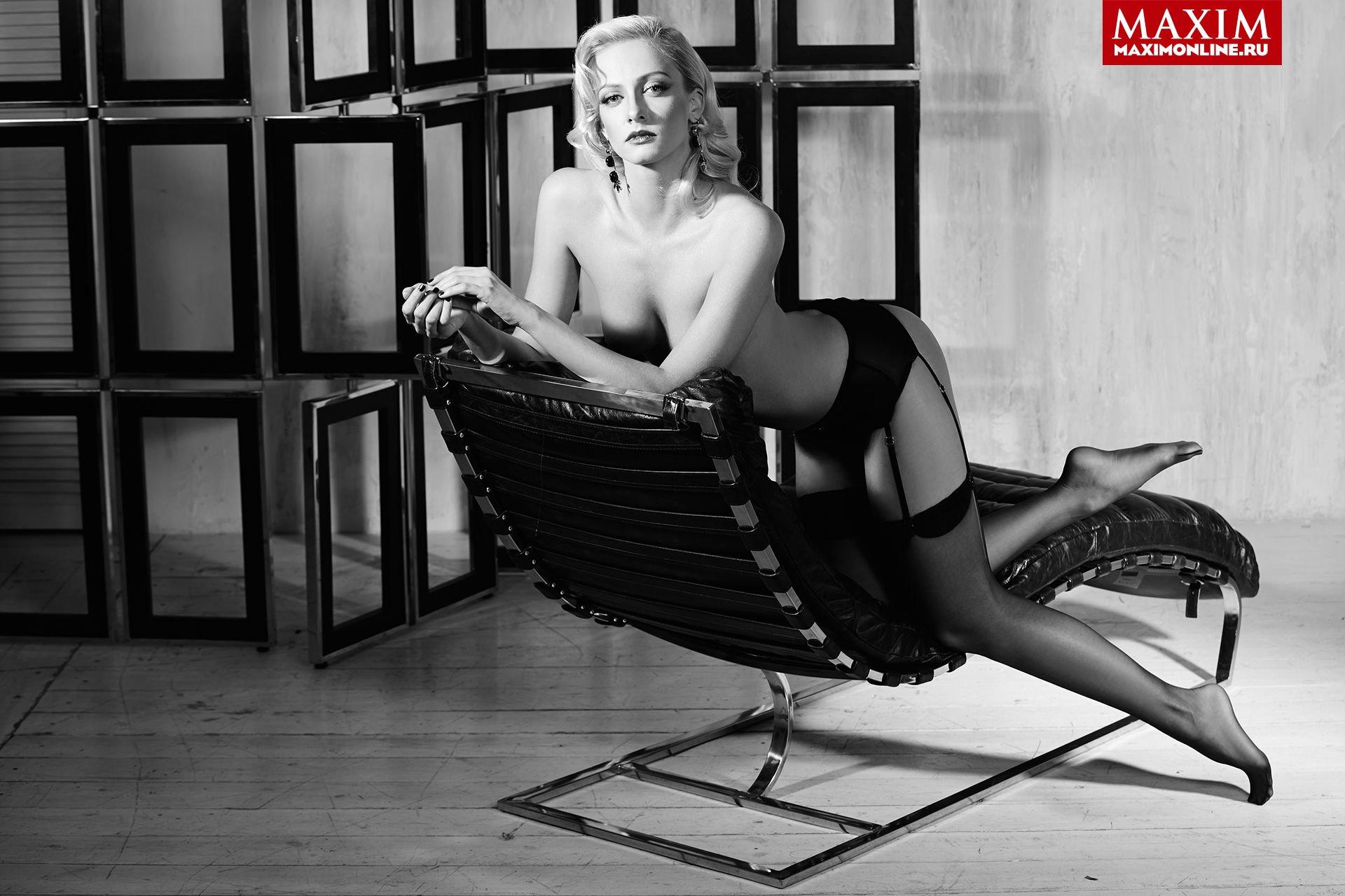 Polina-Maximova-Nude-Sexy-TheFappeningBlog.com-5.jpg