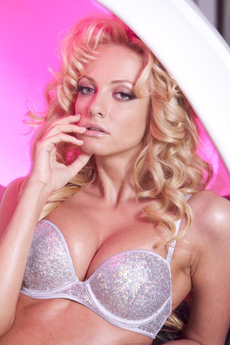 Polina-Maximova-Nude-Sexy-TheFappeningBlog.com-7.jpg
