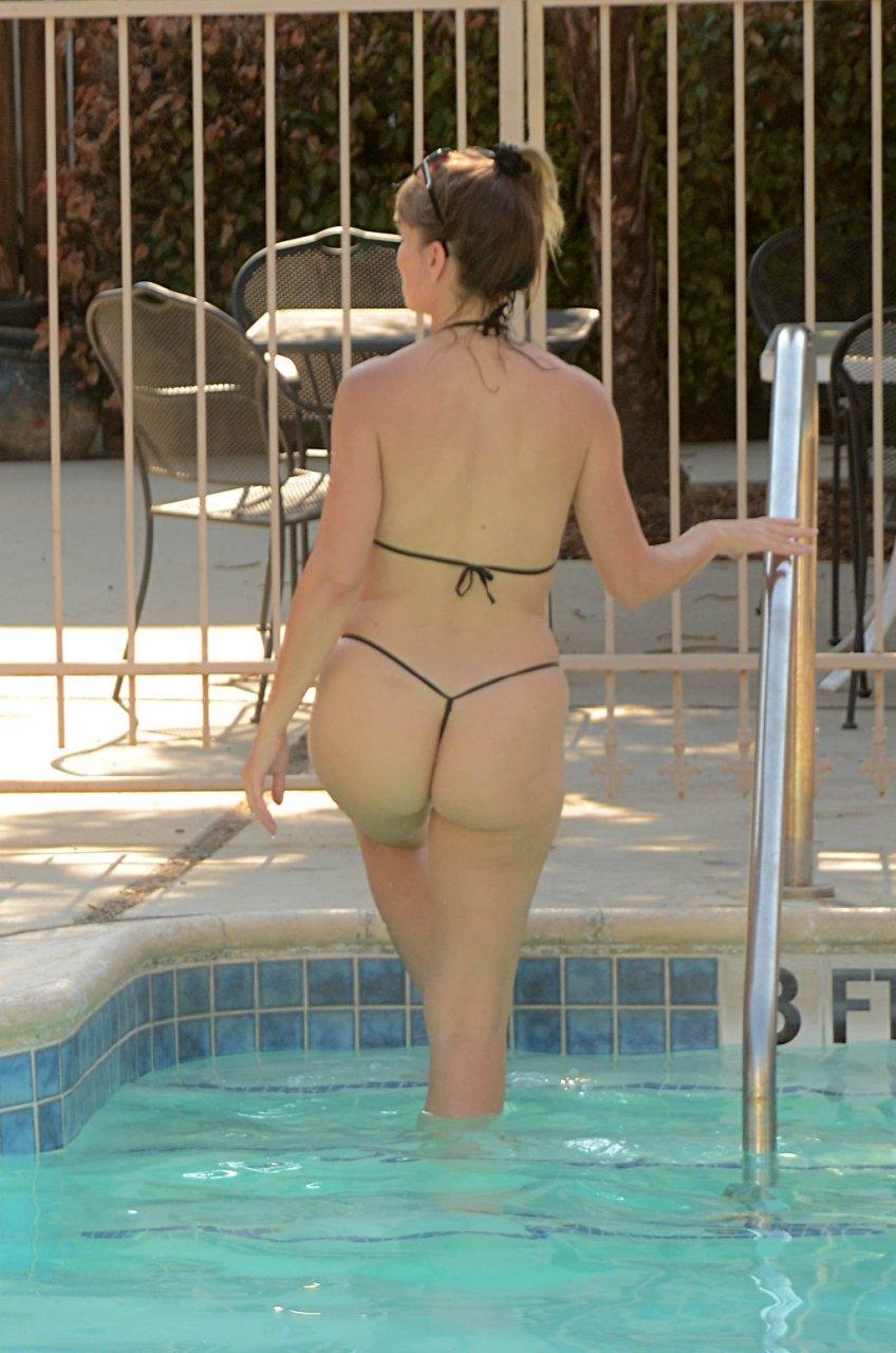 Rena Riffel Sexy (61 Photos)