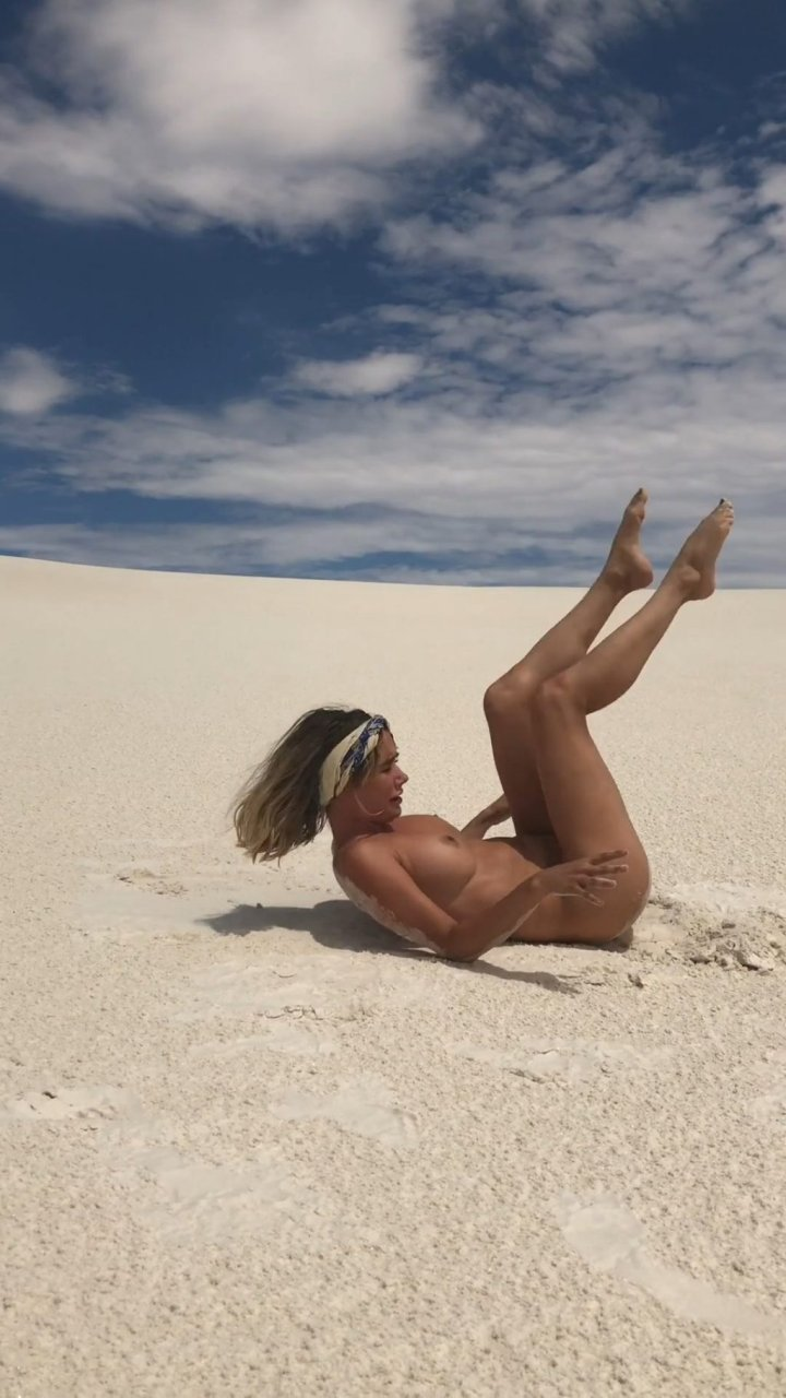 Sara Underwood Naked (25 Pics + GIFs & Video) | #TheFappening