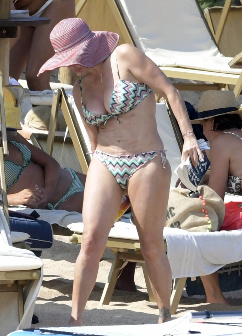 Taylor-Dayne-Sexy-TheFappeningBlog.com-10.jpg