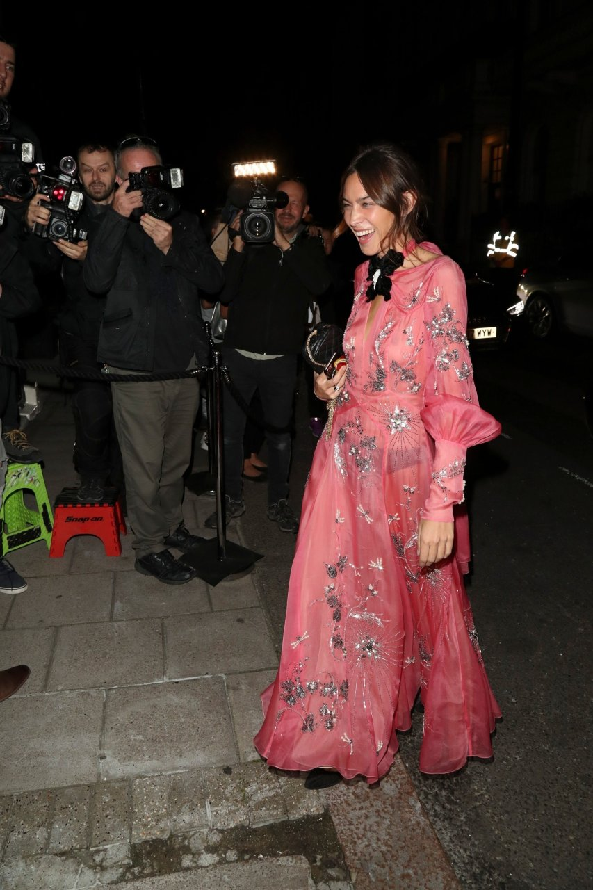 Alexa-Chung-See-Through-TheFappeningBlog.com-1.jpg