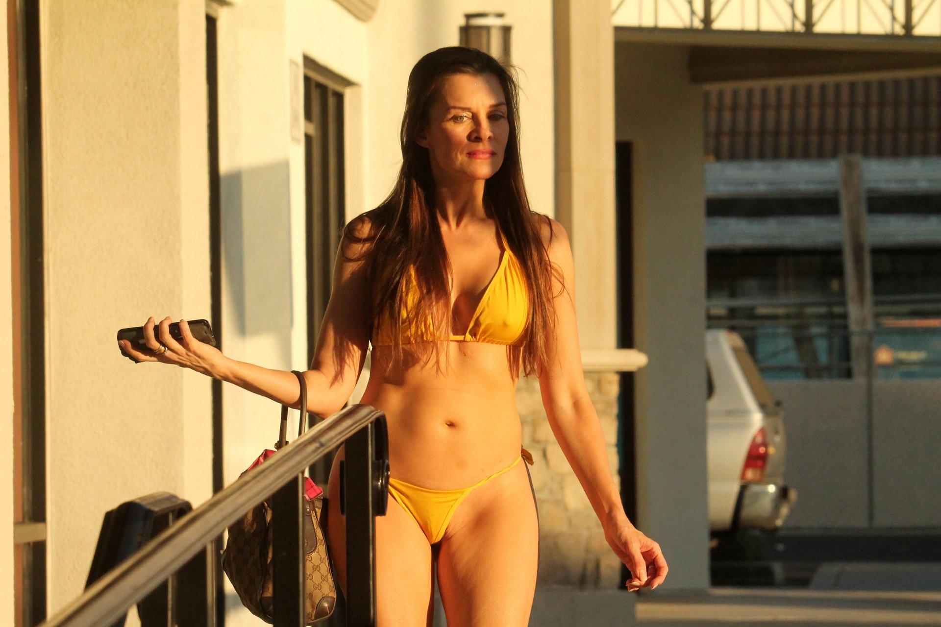 Alicia Arden Hot (20 Photos)   #TheFappening
