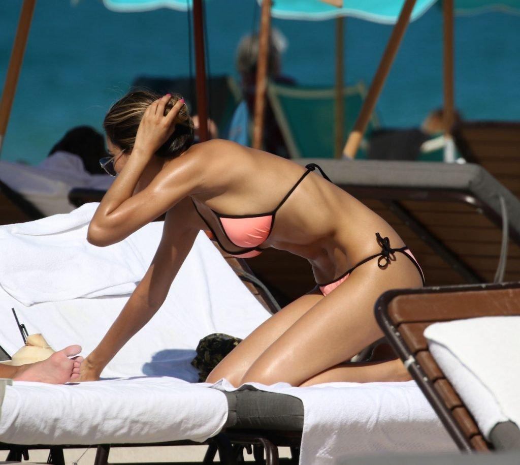 Ariadna Gutierrez Sexy (14 Photos)