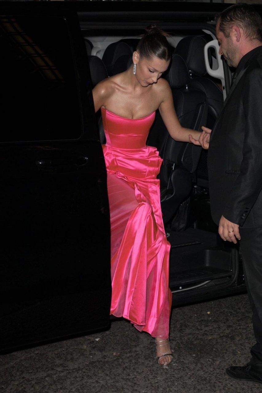 Bella Hadid Sexy (40 New Photos)