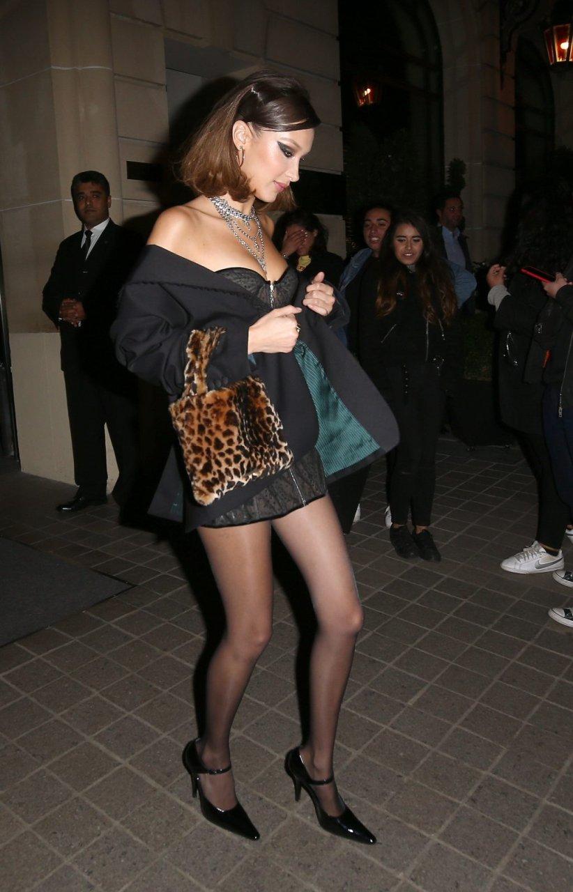 Bella Hadid Sexy (42 Photos)